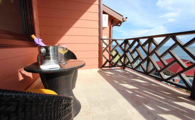 Luxury Balcony2